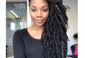 10 Most Popular Half Up Half Down Curly Hairstyles | Trendy Hairstyles For Women