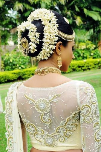 Juda Hairstyle Covered With Gajra